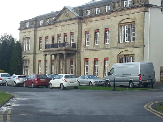 Shrigley Hall Hotel, Golf & Country Club : front of hotel