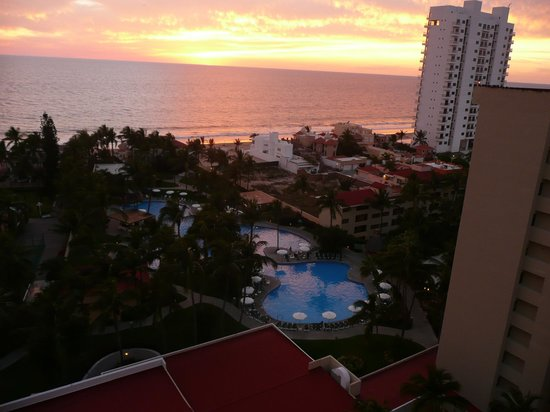 Mayan Palace Mazatlan: from the 9th