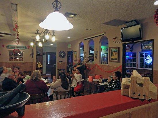 Margarita's Restaurant & Bar: interior - music