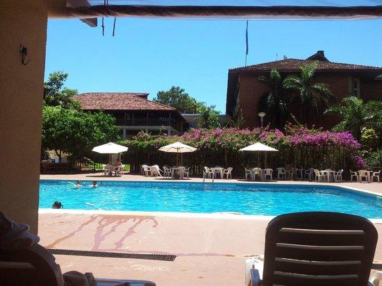Raices Esturion Hotel: Piscina