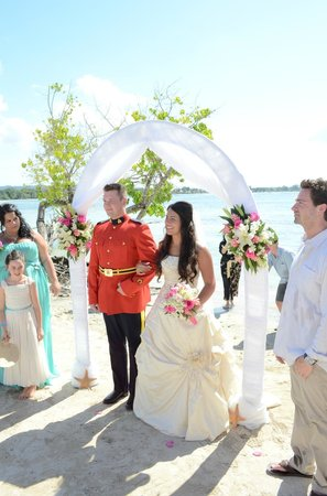 ClubHotel Riu Negril: Wedding at the beach