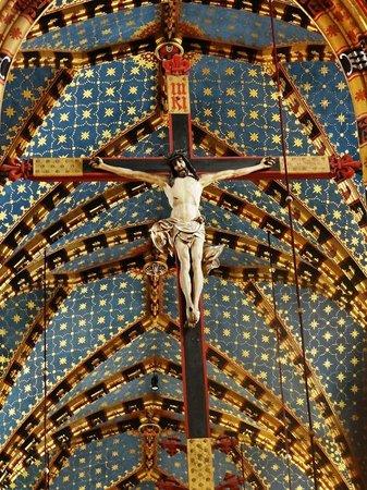 Marktplatz (Rynek Główny): Cristo colgante dentro de la Iglesia de Santa María