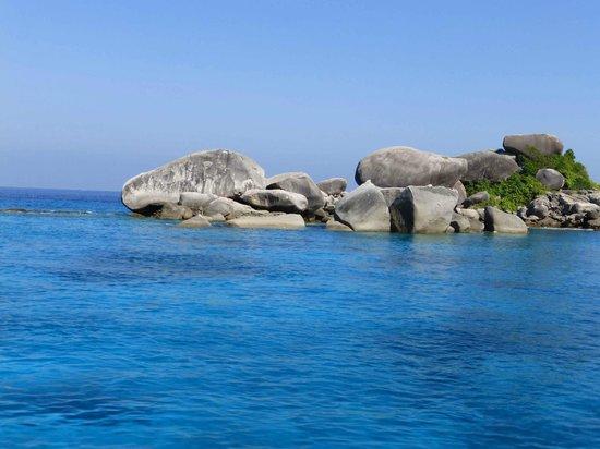 Similan Dive Center: more islands