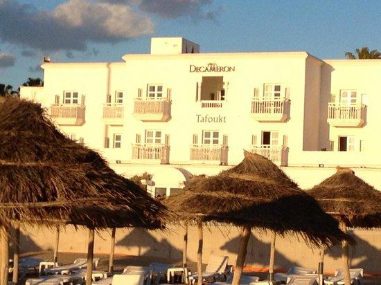 Royal Decameron Tafoukt Beach Hotel : Hotel visto da praia