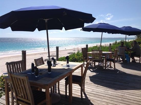 Pink Sands Resort: Blue bar