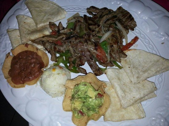 La Mission : Steak Fajitas. Very good.