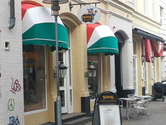 Mamma's Pizzaria: Little Italy in Odense