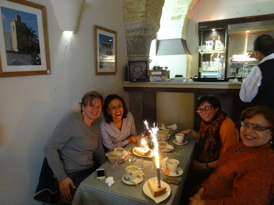 Dar Ben-Gacem : A birthday lunch with Leila at Parenthesis, just down the street