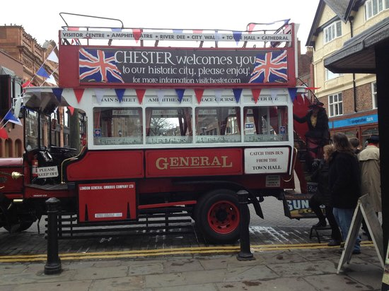 Chester Heritage Tours: Tour Bus
