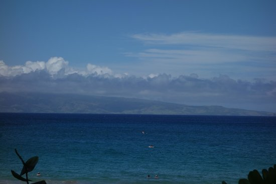 The Ritz-Carlton, Kapalua: Beach at hotel