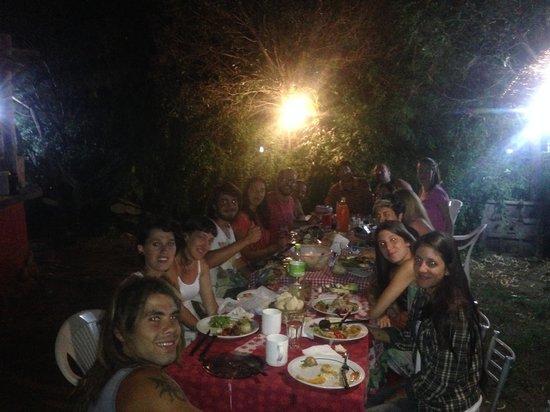 Casa Grande Hostel: Asado Con todos