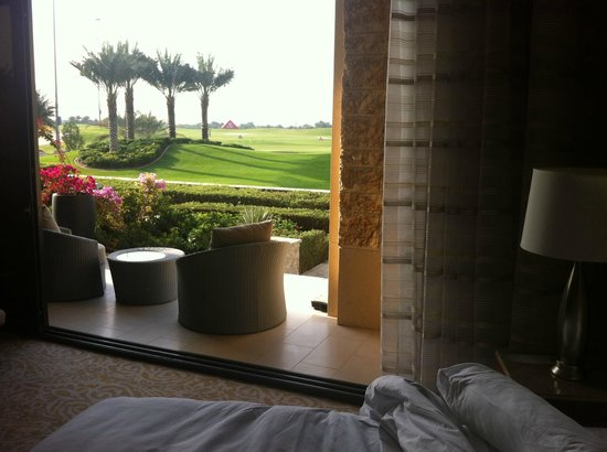The Westin Abu Dhabi Golf Resort & Spa: View from the junior suite to the golf course