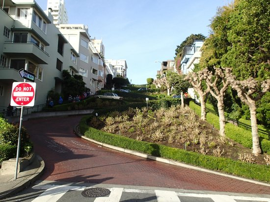 San Francisco Bay: Lombard Street, Adventure Bums, Get off the Path
