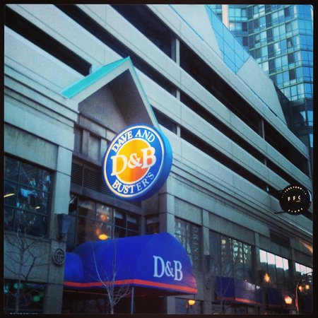 Dave and Busters Chicago IL locations, hours, phone number, map and driving directions.