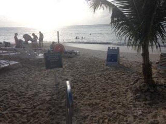 Royal Palms Beach Club: The beach at Royal Palms
