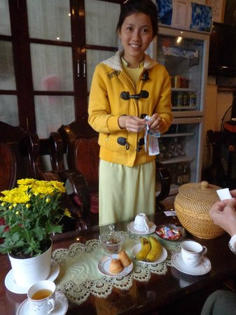 Hoang Trinh Hotel: Thuy - the queen of hospitality !!!