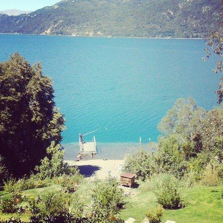 Villa Panil : Costa de lago propio