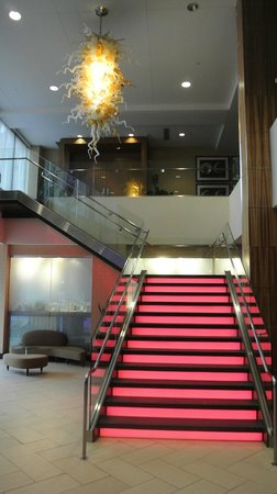Moonrise Hotel: staircase