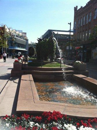 Third Street Promenade : A waterfall that kids & adults love..