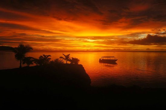 Le Lagoto Resort & Spa: the most wonderfull sunset in the world