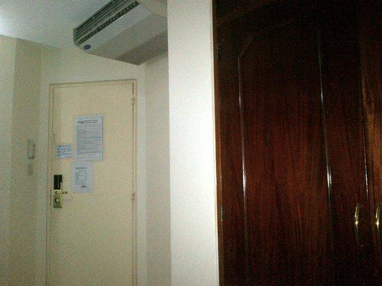 Hotel Montpark : El aire acondicionado funciona perfecto