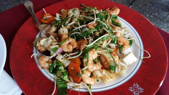 lai lai: Shrimp with vegetables