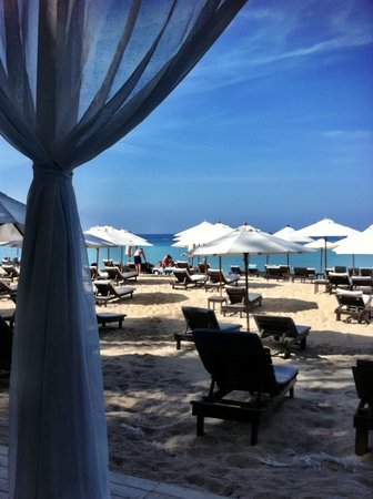 Twinpalms Phuket: Catch beach club