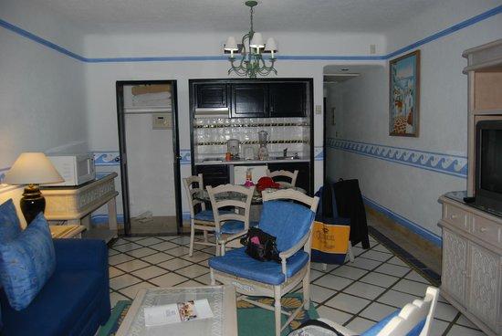 Pueblo Bonito Los Cabos: kitchen area of a one bedroom junior suite