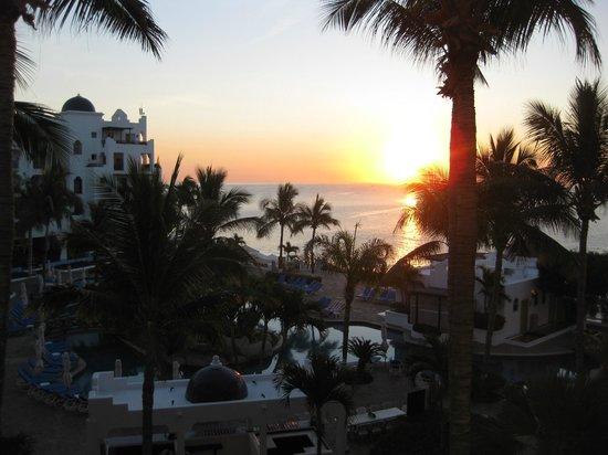 Pueblo Bonito Los Cabos: Beautiful sunrises every morning