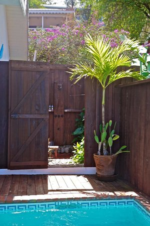 Ti Kaye Resort & Spa : outdoor shower=so cool!