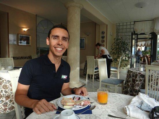 Hotel dei Capitani: Café da manhã muito bom!