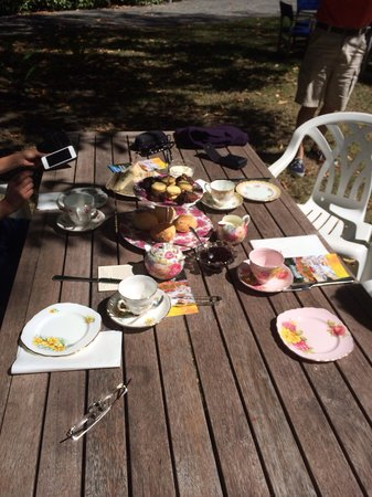 Oruawharo Homestead & Garden: This was waiting for us