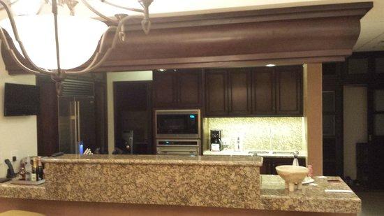 Grand Residences Riviera Cancun : Kitchen