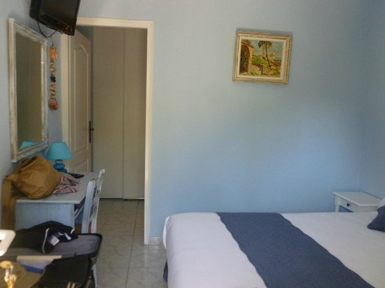 Appart' Bleu Azur : Chambre