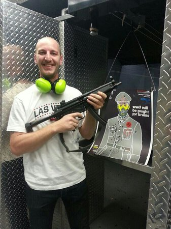 Battlefield Vegas: Geweldige ervaring om met een mp5 te mogen schieten!