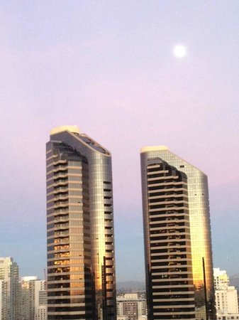 Marriott Marquis San Diego Marina : Magnificent view from my balcony, North Tower
