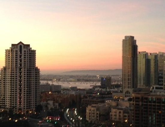 Marriott Marquis San Diego Marina : A spectacular view from my balcony at sunset!