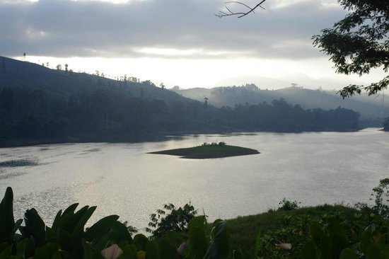 Ceylon Tea Trails: View from the grounds