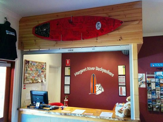Margaret River Backpackers YHA: Entry