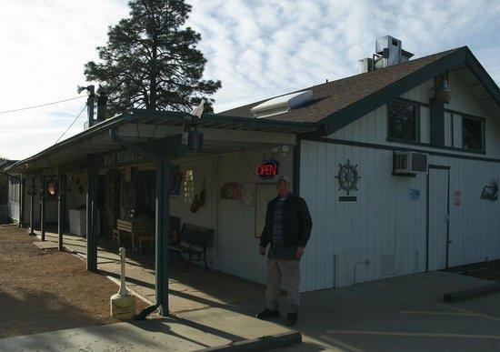 Lynx Lake Store Cafe: Lynx lake Cafe