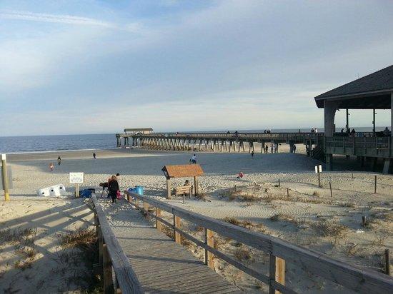 Tybee Island Beach: nice view