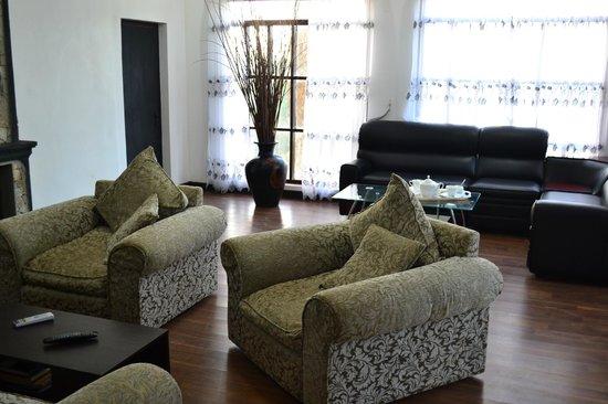 Sherwood Cottage : Living area