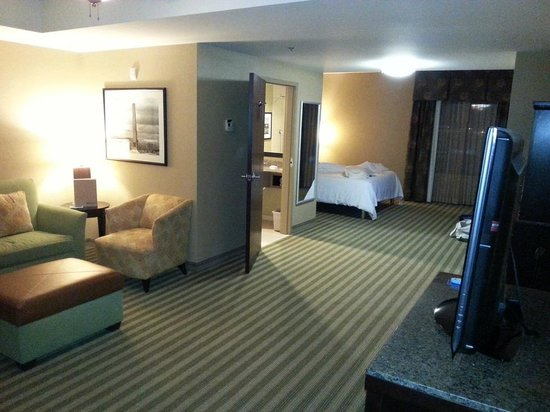 Hilton Garden Inn Indianapolis Northwest: Fifth floor junior executive suite