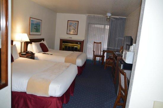 Colton Inn: room