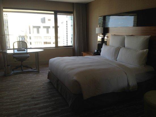Hilton Brisbane: Executive King Room 2320