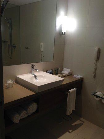 Hilton Brisbane: Bathroom