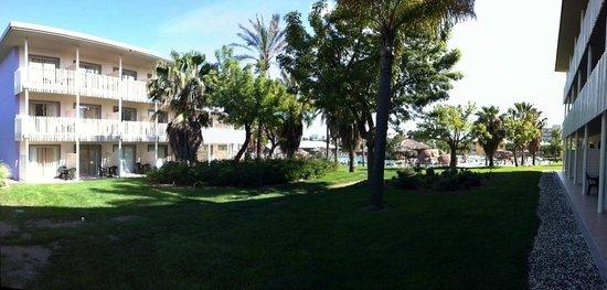 PortAventura Hotel Caribe: Fuera de la habitación