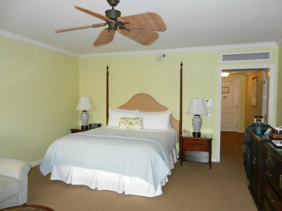 Grand Wailea - A Waldorf Astoria Resort: hotel room