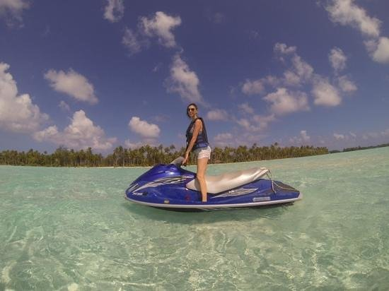 Moana Jet Ski: First stop for a swim in pristine shallow waters.
