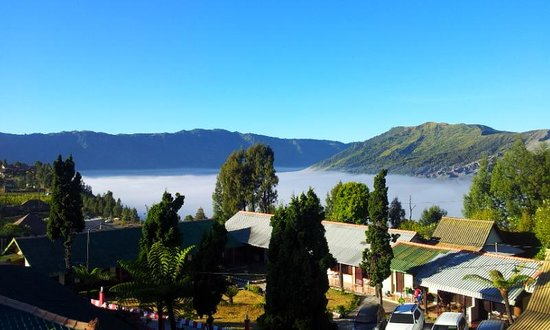 Bromo Permai I : View from the top of Bromo Permai hotel